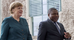 Nyusi Merkel.png